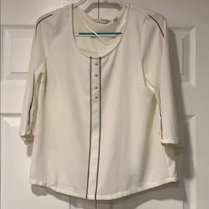 LC Work Blouse cream with black accents- M